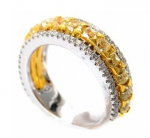 18K White & Yellow Gold Brilliant Band Ring