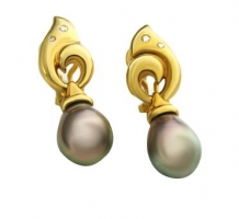 18KT Yellow Gold Black Tahitian Pearl Earrings