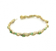 14KT Yellow Gold Emerald & Diamond Bracelet