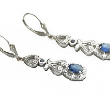 18KT White Gold Sapphire Earrings