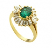 14KT Yellow Gold Emerald & Diamond Cocktail Ring